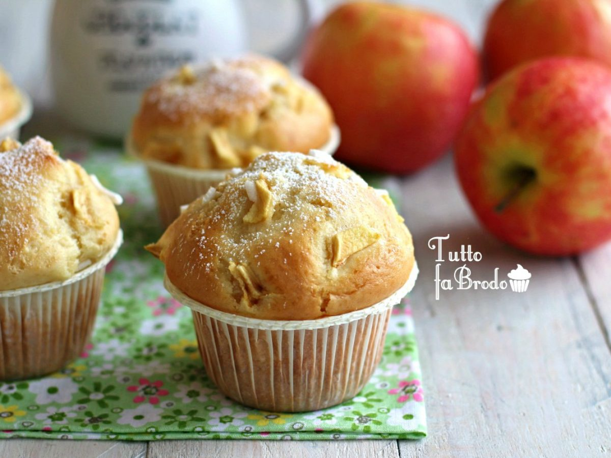 Ricetta Muffin Di Mele.Muffin Tortina Alle Mele Morbidi Tutto Fa Brodo In Cucina